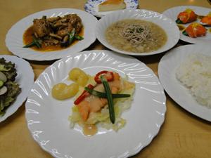 信州サーモン、地元野菜、木島平米の夕食